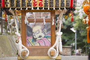 青木神社の万灯神輿
