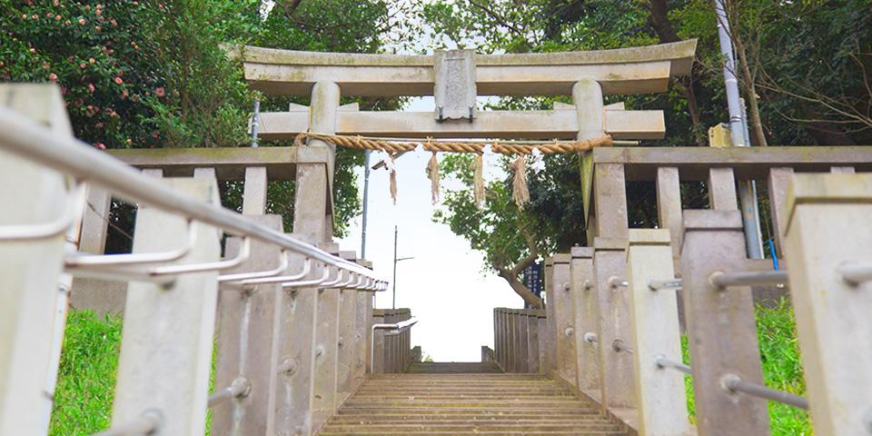 青木神社参道